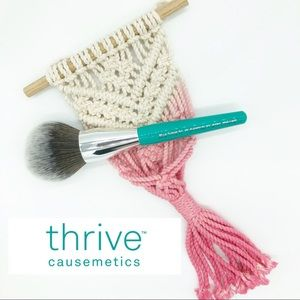 Thrive Causemetics Filtered Effects Face Brush